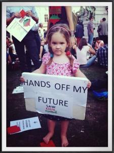 Copiii si protestele