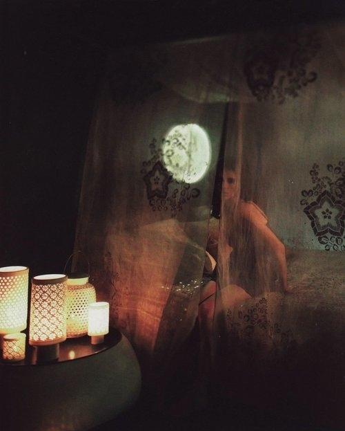 bed-bedroom-candles-deco-dream-bedroom-floral-Favim.com-66290_large