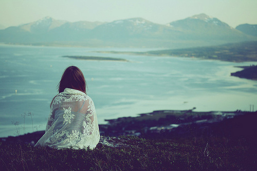 alone-girl-landscape-nature-photography-favim-com-42505