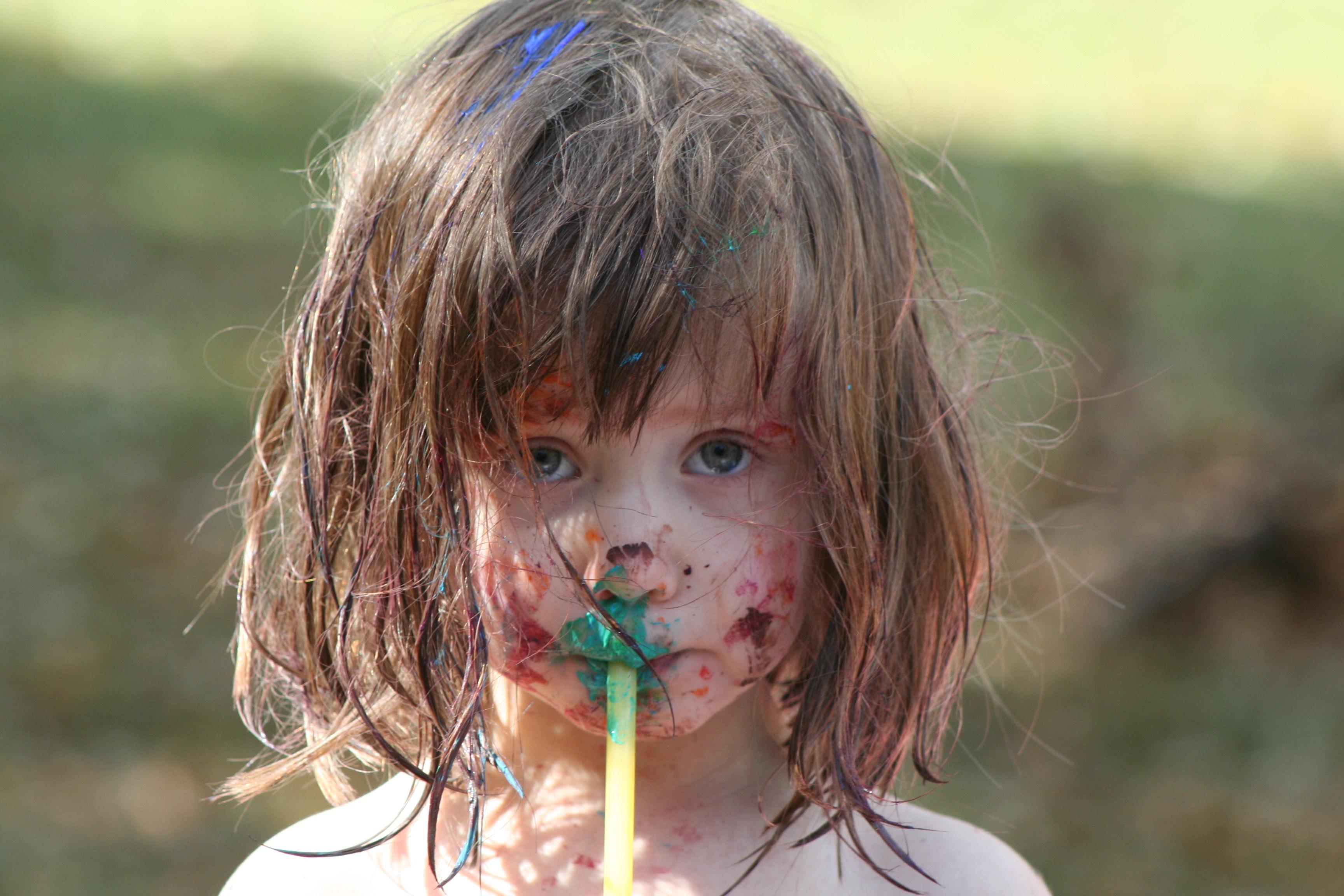Romania si tara copiilor orfani